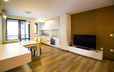 Modern apartment next to Vitosha blvd.